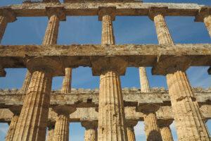 paestum colonnato
